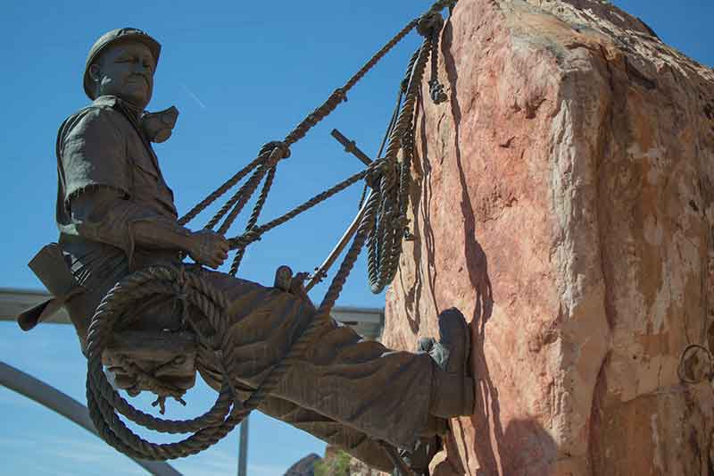 Hoover Dam Tours from Las Vegas by DETOURS   Statues